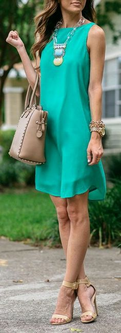 57 Great Fall Outfits On The Street 2015 BB Dakota 'Colleen' Sleeveless Shift Dress Mode Outfits, Dress Outfits, Fashion Outfits, Dress Fashion, Shift Dress Outfit, Fall Fashion, Color Fashion, Fashion Heels, Fashion Clothes