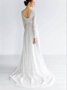 Olden – Tuva Listau Elegant, Wedding Dresses, Fashion, Classy, Bride Gowns, Wedding Gowns, Moda, La Mode, Weding Dresses
