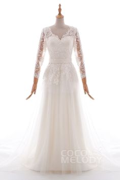 Sheath-Column Court Train Tulle and Lace Wedding Dress LD4600