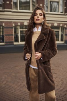 IBANA FW 2018 Campaign Fur Coat, Campaign, Fall Winter, Jackets, Outfits, Fashion, Down Jackets, Moda, Suits
