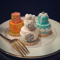 #rehearsal dinner   Bejewled Mini Cakes for Dessert   mini wedding cake tiers made with marshmallows