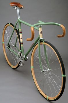 fixie fetish...I like this color combo. light green with brown, a little retro.