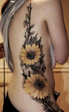 sun flower watercolor tattoos, rib side tattoos, water color tattoo flower – The Unique DIY Watercolor Tattoo which makes your home more personality. Collect all DIY Watercolor Tattoo ideas on sun flower tattoos, flower tattoos to Personalize yourselves. Sunflower Tattoo Sleeve, Sunflower Tattoo Shoulder, Sunflower Tattoo Small, Sunflower Tattoos, Sunflower Tattoo Design, Shoulder Tattoo, White Sunflower, Sunflower Mandala Tattoo, Sunflower Tattoo Meaning