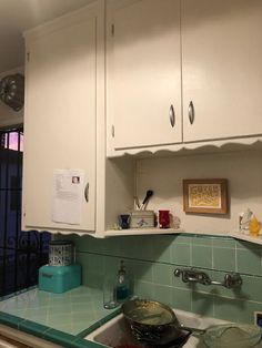 Reversing the remuddle: Megan & Nick bring their 1947 kitchen back its retro roots - Retro Renovation
