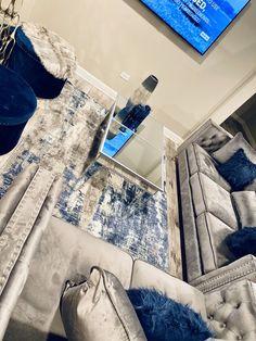 Blue Living Room Decor, Glam Living Room, Elegant Living Room, Living Room Designs, Cozy Living, Modern Living, First Apartment Decorating, Living Room Inspiration, Design Case