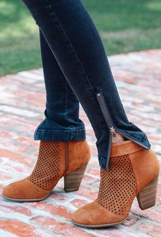 Revolve Chic - Fall Booties!