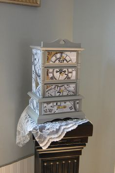Your place to buy and sell all things handmade Shabby Chic Jewellery Box, Jewellery Boxes, Painted Jewelry Boxes, Wooden Jewelry, Shabby Chic Grey, Shabby Chic Decor, Decoupage, Jewelry Box Makeover, Small Jewelry Box