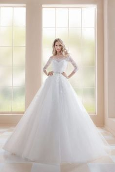 """Stunning Embroidered Off Shoulder Lace A-Lane Sweetheart Princess Wedding Dress / Bridal Ball Gown with Half Long Sleeves, a Corset and a Train. Collection """"White Star"""" by Farletta Amazing Wedding Dress, Dream Wedding Dresses, Ball Gown Dresses, Bridal Dresses, Wedding Pictures, Beautiful Dresses, Studios, Wedding Day, Chiffon"""