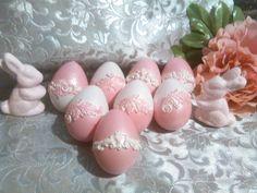 Veľkonočné vajíčko s ornamentom.