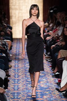 38 Looks From the Brandon Maxwell Spring 2017 Show - Brandon Maxwell Runway Show at New York Fashion Week Women's Runway Fashion, Spring Fashion 2017, Fashion Week, Fashion 2020, New York Fashion, Fashion Show, Autumn Fashion, Fashion Looks, Fashion Tips