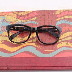It is all about the first impression 👓😊  Grab it ! https://goo.gl/mWpAen  #eyedo #eyeglasses #eyewear #black #eyes #india #delhi