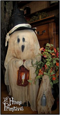 How cute is this BIG ghost!!! By At Home Primitives