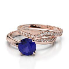 Gold / platinum round cut tanzanite and diamond bridal set ring Ruby Rose, Rose Gold, Bridesmaid Jewelry Sets, Bridal Ring Sets, Gold Platinum, Bridal Looks, Bridal Jewelry, Emerald, Sapphire