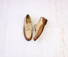 VINTAGE Two Tone Oxford Shoes Brown by SaintVintageClothing