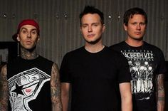 """are hoping to begin demoing later this year and hitting the studio in Check out an article from MTV below: These shows we've been playing are business meetings,"""" Tom DeLonge l… Tom Delonge, Blink 182 Albums, Blink 182 Songs, Blink 182 Poster, Rock Music News, Pop Punk Bands, Reading Festival, Warped Tour, Musica"""
