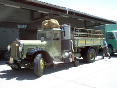Old Trucks, Antique Cars, Classic Cars, Old Things, Arm, Nice, Vehicles, Bern, Pictures