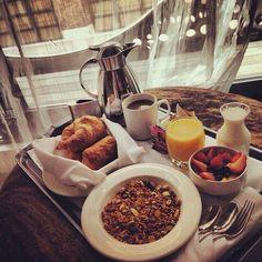 BreakfastFoods.akerpub.com . Breakfast orange