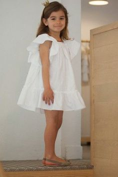 For grandma to sew for Selah 4130 Little Girl Dresses, Girls Dresses, Flower Girl Dresses, Toddler Dress, Baby Dress, Toddler Fashion, Kids Fashion, Les Enfants Sages, White Ruffle Dress