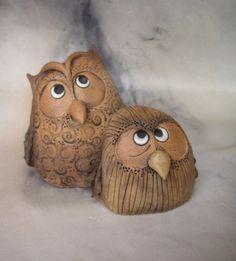 Vejr s kamarádkou pro Janu. Clay Owl, Clay Birds, Paper Mache Crafts, Clay Crafts, Ceramic Birds, Ceramic Clay, Ceramics Projects, Clay Projects, Ben's Bells