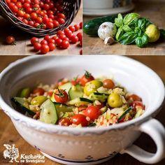 Kuchařka ze Svatojánu: SALÁT Z BULGURU S DIVOKÝMI RAJČATY Tofu, Quinoa, Potato Salad, Potatoes, Fruit, Ethnic Recipes, Per Diem, Bulgur, Potato