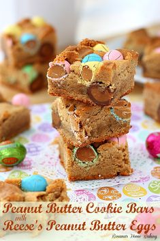 Peanut butter cookie bars with Reese's peanut butter eggs from @RoxanaGreenGirl | Roxana's Home Baking
