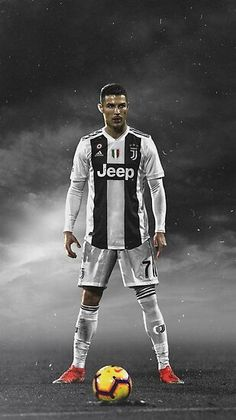 Looking for New 2019 Juventus Wallpapers of Cristiano Ronaldo? So, Here is Cristiano Ronaldo Juventus Wallpapers and Images Cr7 Ronaldo, Cristiano Ronaldo 7, Photo Ronaldo, Cr7 Messi, Cristiano Ronaldo Wallpapers, Ronaldo Football, Nike Football, College Football, Cr7 Wallpapers