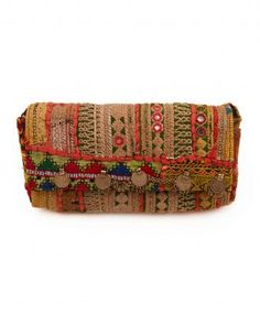 Aakeen tribal clutch