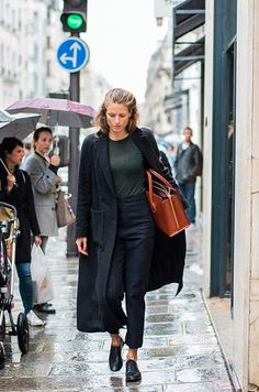 Cool simple street style. Pop