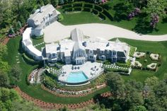 Mansion dream house: Be amazed with this lavish home in Cotuit, Massachusetts