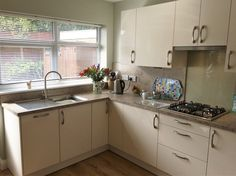 Check out this property for sale on Rightmove! Gloss Kitchen, Kitchen Cabinets, Flats For Sale, Property For Sale, Uni, Magnolia, Interior, Home Decor, High Gloss Kitchen