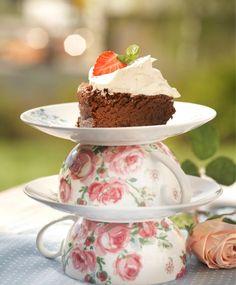 Suklaapilvikakku | Maku Chocolate Recipes, Chocolate Cake, Something Sweet, Macarons, Fudge, Panna Cotta, Pudding, Baking, Ethnic Recipes