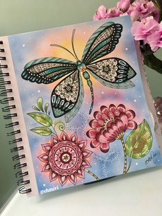 Borboleta no jardim. 🦋🌺 Colorindo livro Loris Art Garden. #lorisartgarden #lorigardnerwoods