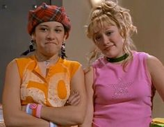 19 Struggles Every Girl Who Tried To Look Like Lizzie McGuire Will Understand - MTV