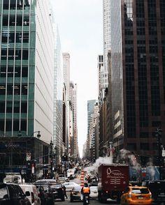 "Gefällt 20.2 Tsd. Mal, 41 Kommentare - Nina Urgell Cloquell (@ninauc) auf Instagram: ""🚦"" Times Square, Street View, Instagram Posts, Travel, Viajes, Destinations, Traveling, Trips"