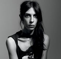 Interview with Jamie Bochert (Frances Wolf) and Kim Gordon