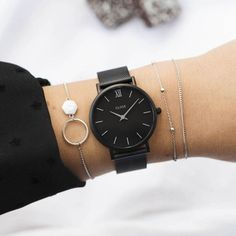 Swiss Army Watches Are So Precise! Trendy Watches, Cute Watches, Elegant Watches, Black Watches, Nixon Watches, Cheap Watches, Rolex Watches, Woman Watches, Black Rolex