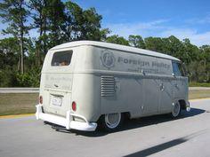 Not crazy about the hub caps. But that's a sweet bus. Volkswagen Type 2, Volkswagen Bus, Vw T1, Vw Camper, Campers, Vans Vw, Porsche, Kdf Wagen, Combi Vw