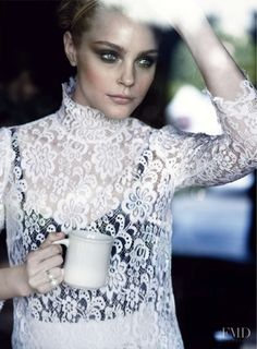 Jessica Stam featured in What\'s White Now, April 2010