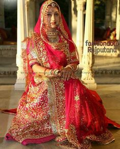 When it comes to Rajasthani dresses no one can beat thisss Indian Bridal Outfits, Indian Bridal Fashion, Indian Designer Outfits, Indian Dresses, Rajasthani Bride, Rajasthani Dress, Designer Bridal Lehenga, Bridal Lehenga Choli, Saree
