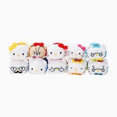 Sanrio Hello Kitty Mame petit mascot set Action for the love mini doll Xmas gift