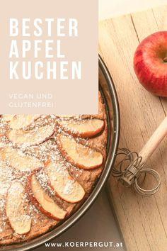 Der himmlisch-zimtig duftende Apfelkuchen ist nicht nur vegan, sondern auch glutenfrei. Durch die Verwendung von Buchweizenmehl wird er besonders aromatisch und schmeckt verfeinert mit Kokosjoghurt und feinem Apfelmus einfach herrlich. Der Apfelkuchen ist schnell zubereitet und  bringt eine Duftkomposition von saftigen Äpfeln und Zimt in deine Küche.#backen #apfelkuchen #rezept #vegan #glutenfrei #schnelleküche Coconut Yogurt, Gluten Free Apple Pie, Cinnamon