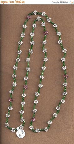 MTO Daisy Chain Necklace by SnowRabbitDesigns on EtsyCraft ideas 5652 pandahall com bracelet beadedbracelet pandahall – ArtofitThis Pin was discovered by DorBeadcrochet- another way of st Seed Bead Necklace, Seed Bead Jewelry, Bead Jewellery, Diy Necklace, Beaded Earrings, Jewelry Necklaces, Beaded Bracelets, Pearl Bracelet, Beaded Jewelry Patterns