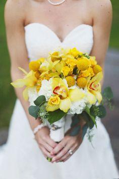 Joli bouquet - tons jaunes  #bouquet de #mariee #wedding #bouquet #bouquetdemariee #weddingbouquet