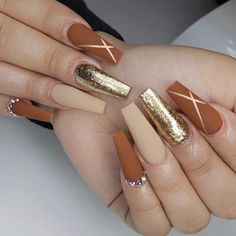 Matte Coffin Nail Design for Fall If you love matte nails, then you are in for a treat because we've collected some of the best matte nail designs to inspire you! Check them out! Matte Nail Art, Coffin Nails Matte, Fall Acrylic Nails, Acrylic Nail Designs, Coffin Nails Short, Acrylic Gel, Fall Nail Art, Autumn Nails, Fall Nail Designs