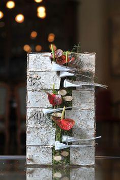 Het Bladmotief - Cursussen hedendaags bloemschikken | Themaworkshops - Petra Matthys - Eeklo Ikebana Flower Arrangement, Flower Arrangements, Flora Design, Deco Floral, Art Competitions, Flower Show, Diy Flowers, Christmas Home, Diy And Crafts