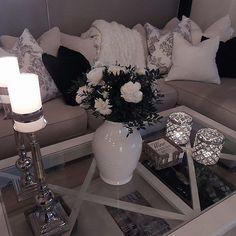 Beautiful livingroom details by @kristiinelh _________________________________________________________________________________________________#interiorstyling #interiordecor #interiorforyou #interiorinspiration #interior4all #instahome #interior4you1 #interior123 #homestyle #awesomeness #amazing #wonderful #interiorwarrior #interior_and_living #finahem #interior2you #interiørinspirasjon #tipstilhjemmet #cooperation #management #networking #livingroomdecor #livingroomfurniture…