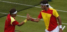 David Ferrer y Feliciano López pasan a cuartos en dobles en los Juegos de Londres 2012. Más: www.rtve.es/n/552127