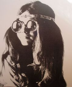 """hippie chick"" & Bobby... let 'er rip Janis! ~:^)> http://www.youtube.com/watch?v=N7hk-hI0JKw=related"