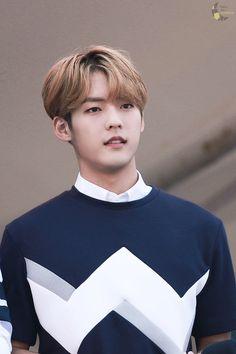 BTOB Minhyuk Btob Lee Minhyuk, Yook Sungjae, Im Hyunsik, Lee Changsub, Boys In Groove, Ao Haru, Woollim Entertainment, Lee Sung, Monsta X