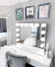 Niches 'LITE' Hollywood x Makeup White 14 Bulb Dimmable Vanity Mirror. Hollywood Mirror With Lights, Hollywood Makeup Mirror, Makeup Vanity Mirror With Lights, White Vanity Desk With Lights, Bathroom Mirror With Lights, Desk With Mirror, Mirror With Light Bulbs, Light Up Vanity, Mirror Room